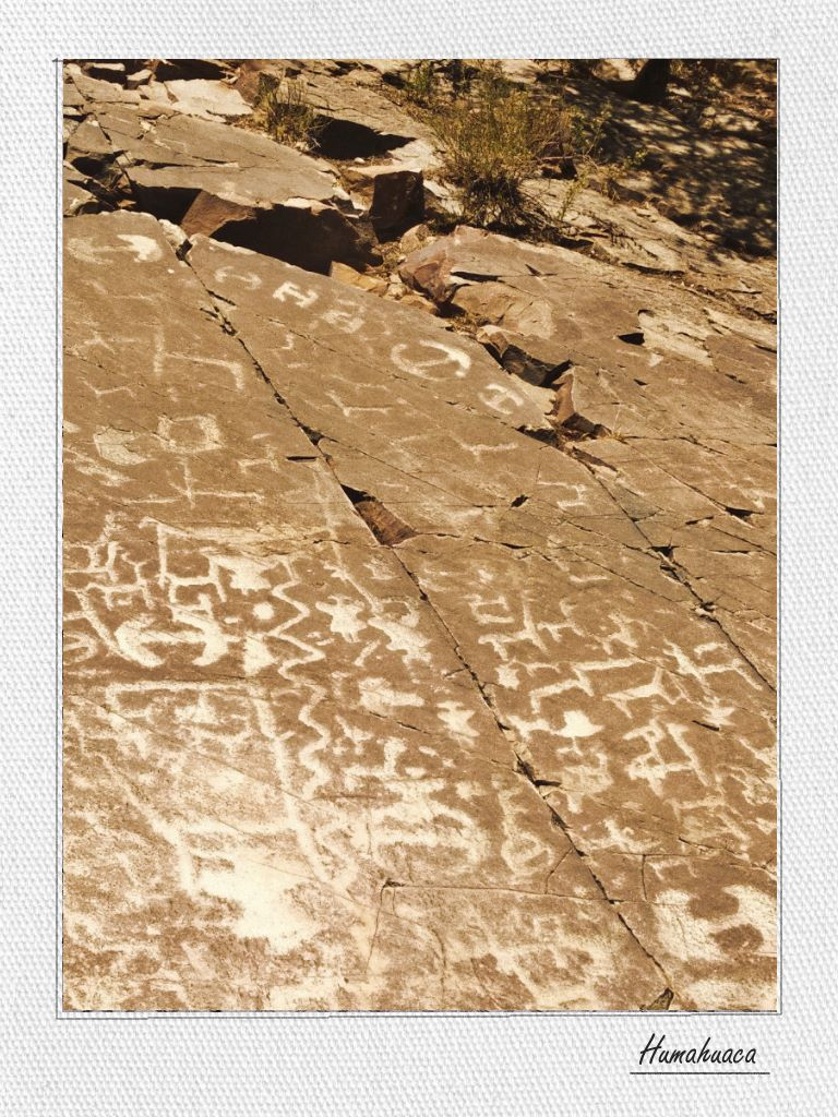 Some kilometers from the town of Humahuaca, pre-Hispanic petroglyphs can be found